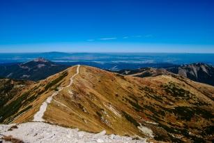 2000 m above the sidewalks . High Tatras and the Western Tatras (2011) 10
